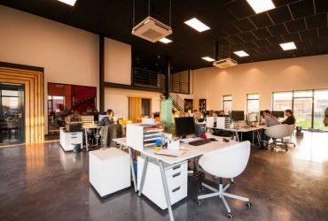 """""""Open office"""" diminui estresse e torna funcionários mais ativos, diz estudo"""